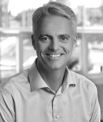 Lars Sall